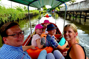 Bangkok Tour - Family boat tours