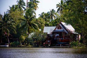 Bangkok Tour - Neighbourhood boat trip